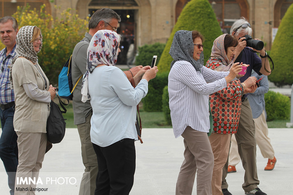 20 million tourists to arrive Iran