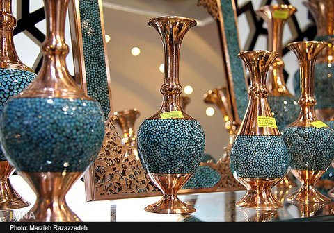 Craftsmen from Isfahan shine in Iran's 27th crafts fair