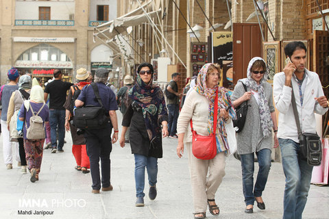 Over 123000 foreign tourists visit Isfahan/ beating a record