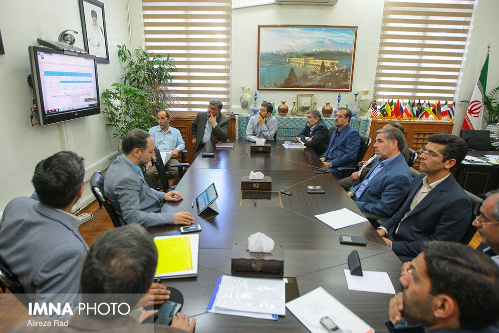 Meeting of the council for Isfahan municipality's cemeteries organization