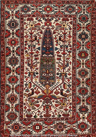 Persian carpets with floral motifs on display at Tehran exhibit