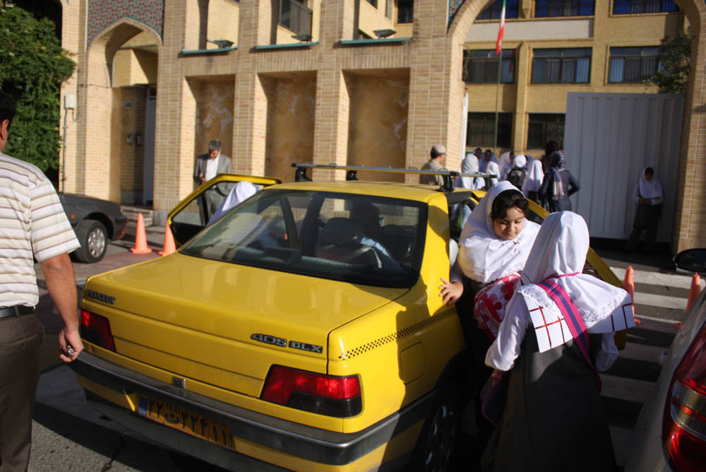 10 thousand school transportation vehicles to serve 72 thousand Isfahani students