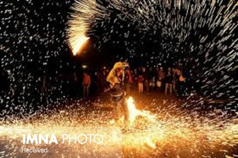 Isfahan's Fire Department on high alert in Chaharshanbe Suri