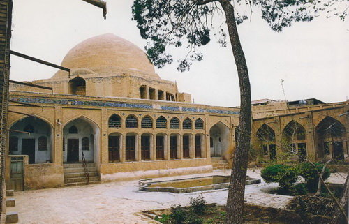 Saru Taghi mosque; monument of Safavid era
