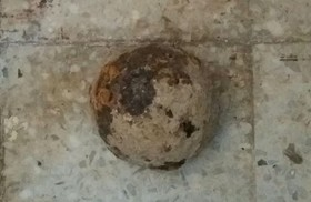Cannon ball belonging to Qajar era discovered in Chehel Sotoun palace