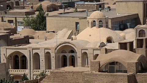 Restoration of historical caravanserai in Zavareh completed