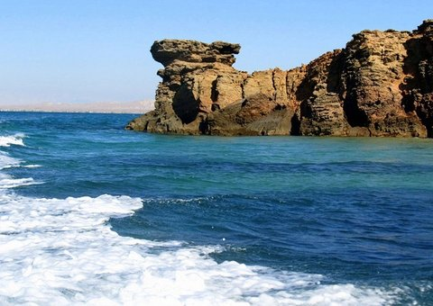 Reasons Why Everyone Needs to Visit This Island in Iran