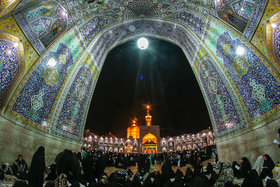 "Iranians observe ""Night of Destiny"""