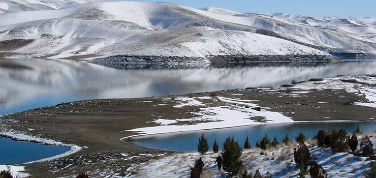 Gheshlagh Dam Lake in Sanandaj