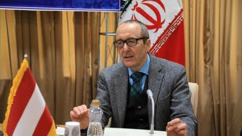 Iran's environment should not tainted by sanctions