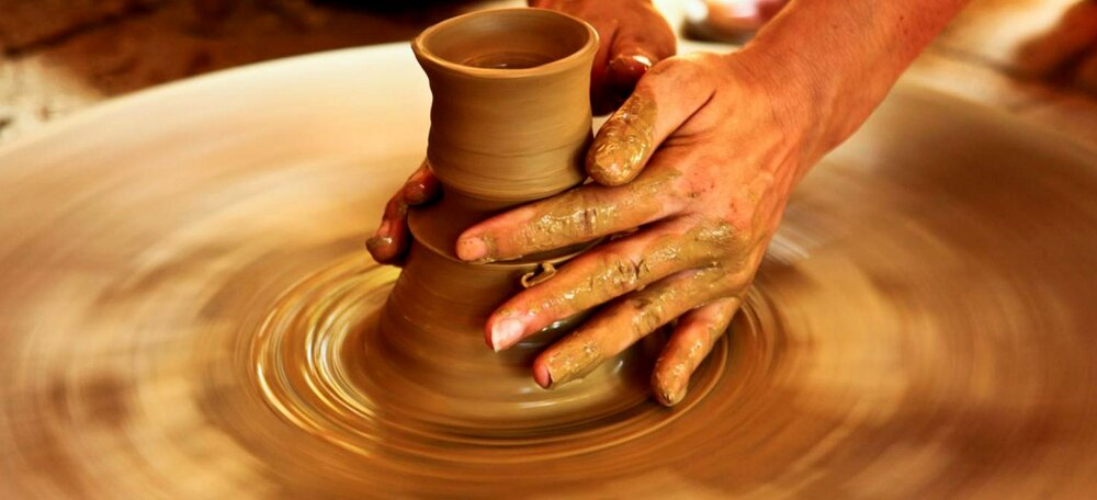 Iran's Lalejin; world pottery capital