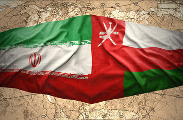 Iran, Oman to develop maritime cooperation
