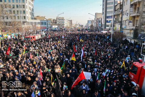 Millions mourners pay homage to Gen. Soleimani