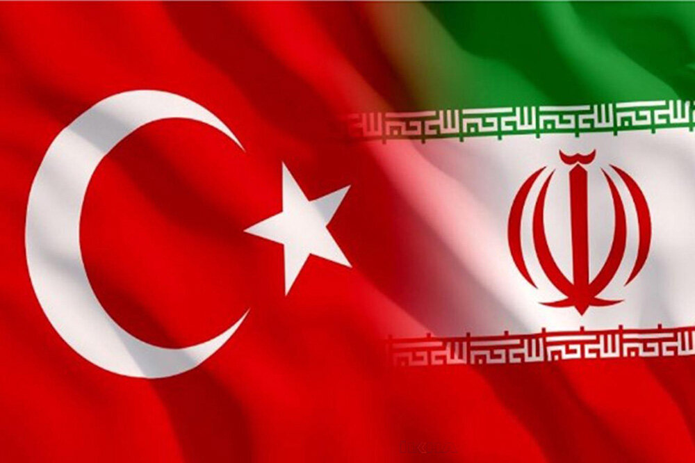 Iran, Turkey to strength economic ties
