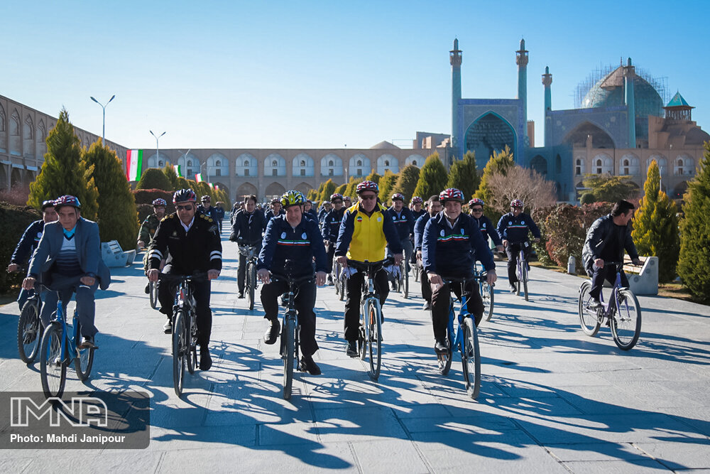 Iran's bicycle city to embrace more bike paths