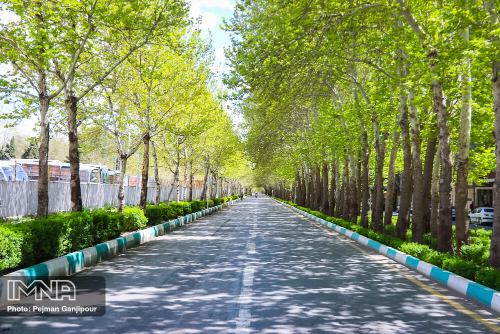 Isfahan looks different in coronavirus outbreak